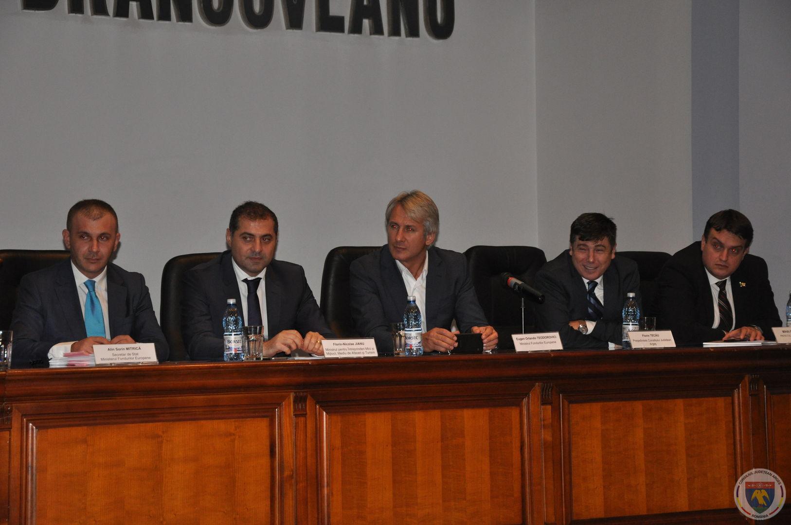 Conferinta Ministrii Teodorovici & Jianu 11.11.2014 (18).JPG
