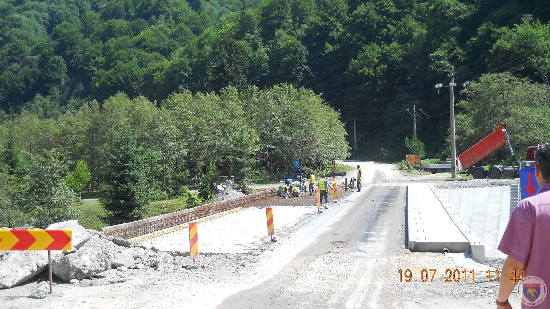 iulie armare placa suprabetonare stg.pod km 9+560.jpg