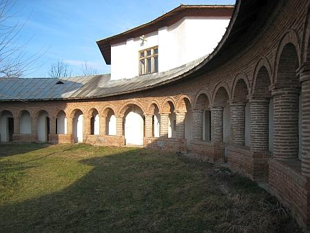 manastirea-glavacioc-8.jpg