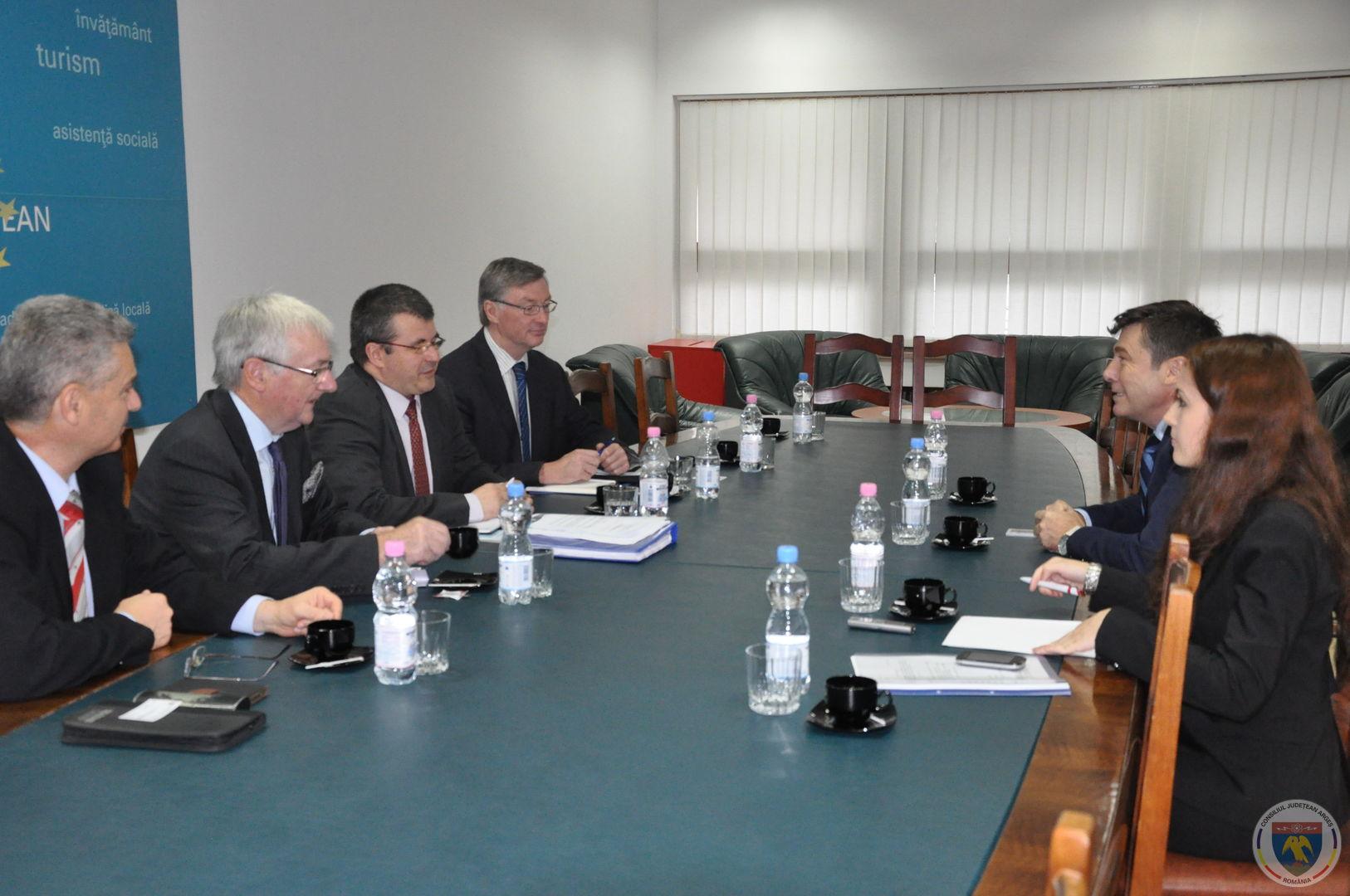 Delegatia Marea Britanie 8.10.2014 (9).JPG