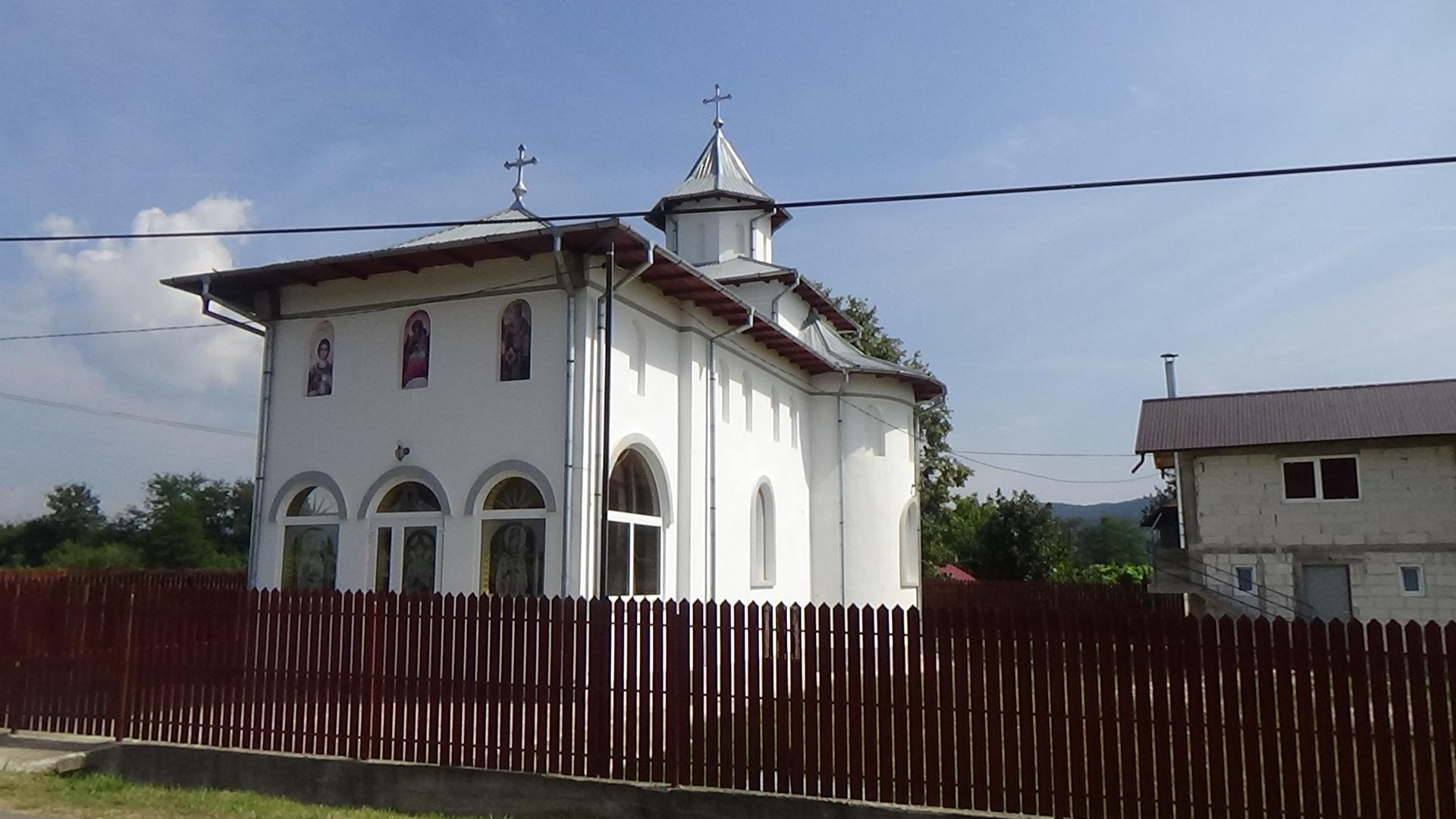 Biserica nouaValeaBrazilor.JPG