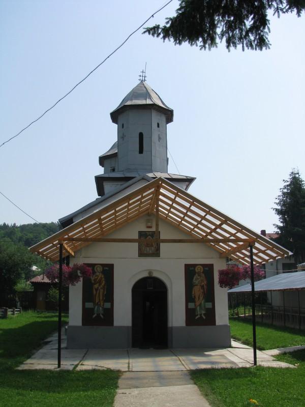 Biserica Adormirea Maicii Domnului2.JPG